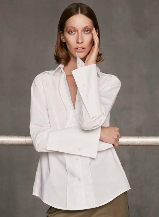 Модные белые блузки весна-лето 2018 - Классическая деловая блузка на пуговицах