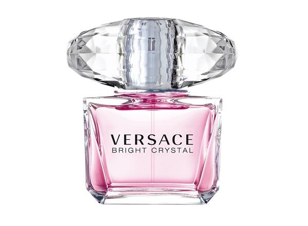 Духи с запахом пиона: лучшие ароматы - Bright Crystal (Versace)