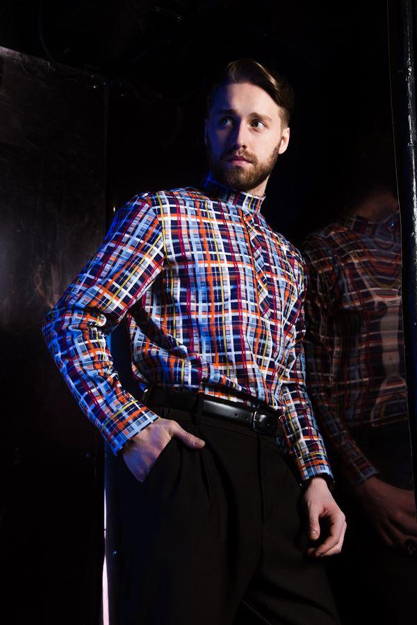 Михаил Грищенко в мужской коллекции Миколы Комендрова Vision Style - рубашка в клетку