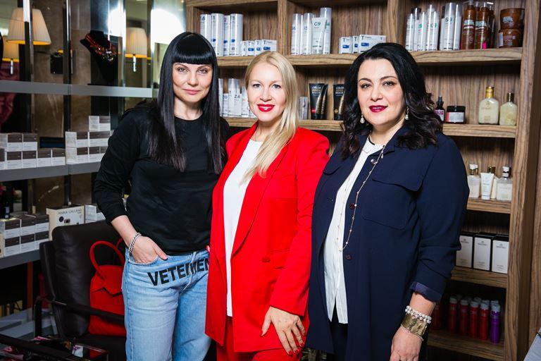 Звезды в «Саванне»: 15-летие салона красоты - Лидия Александрова, Екатерина Одинцова и Лана Шаташвили