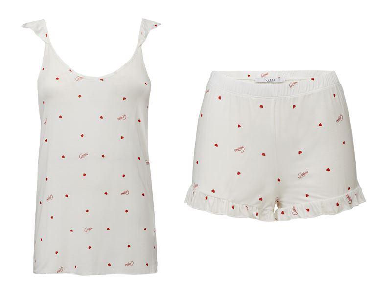 Коллекция нижнего белья Guess Underwear весна-лето 2018 - белая пижама с шортами