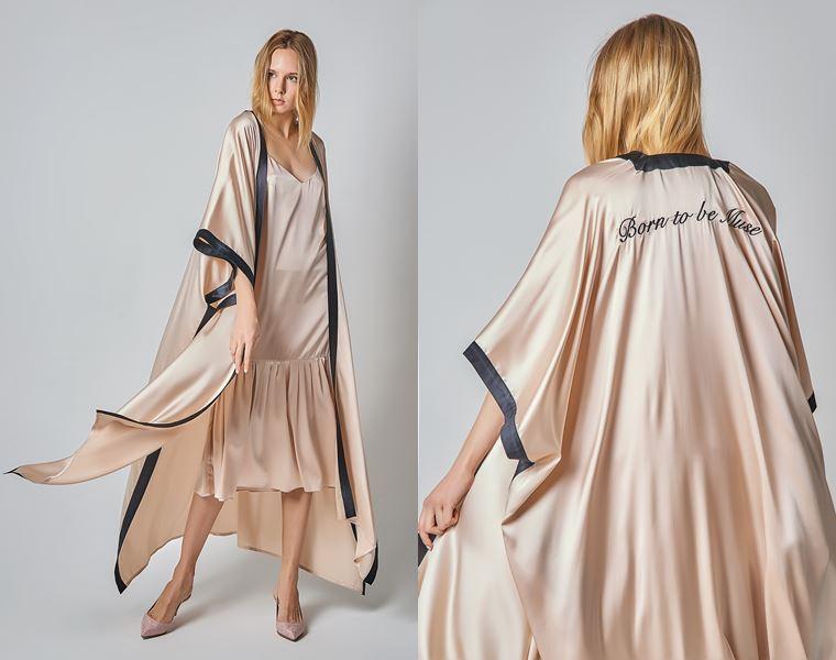 Коллекция Girlpower Label весна-лето 2018 - пастельно-бежевое платье и накидка