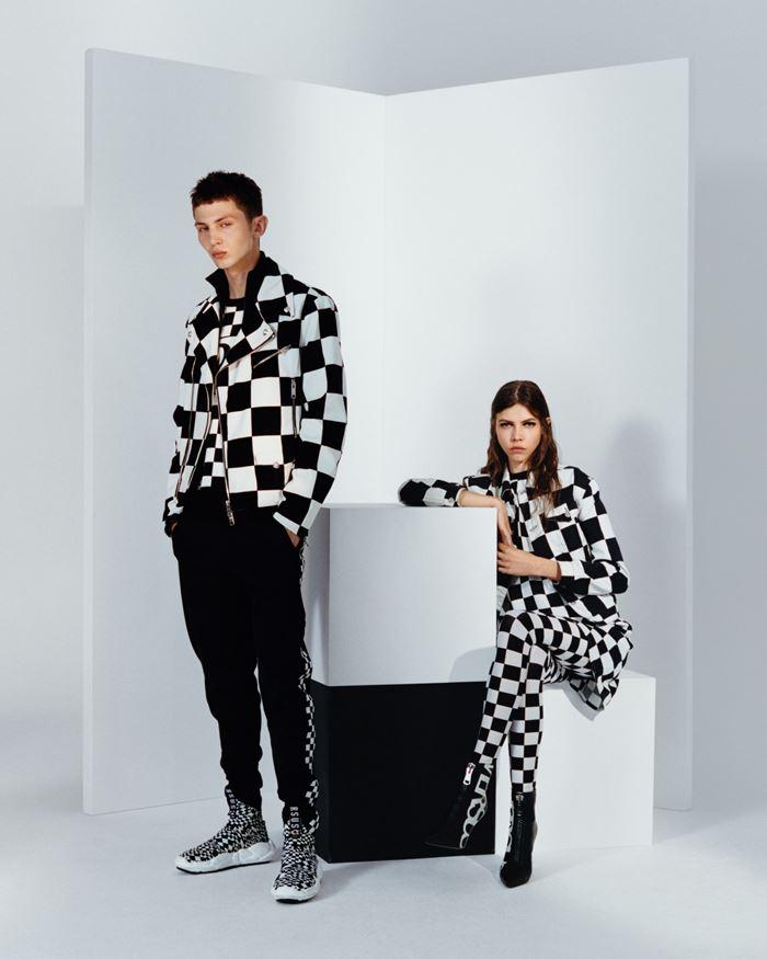 Рекламная кампания Versus Versace осень-зима 2018-2019  - фото 1