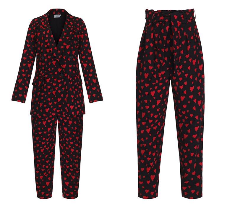 Коллекция Yulia Prokhorova Beloe Zoloto осень-зима 2018-2019 - черный костюм с красными сердечками
