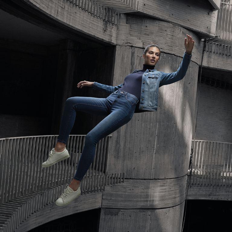 Джинсы и брюки чинос Springfield Zero Gravity, 100% Fit - фото 4