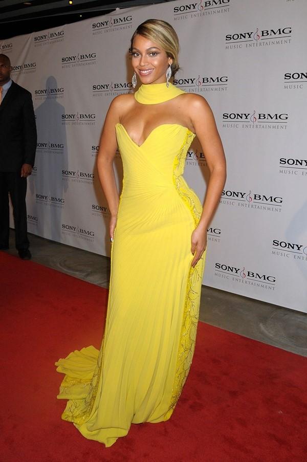 Жёлтые вечерние платья - Бейонсе