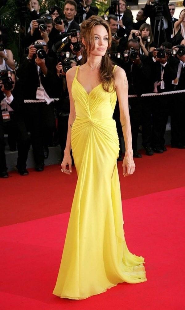 Жёлтые вечерние платья - Анджелина Джоли