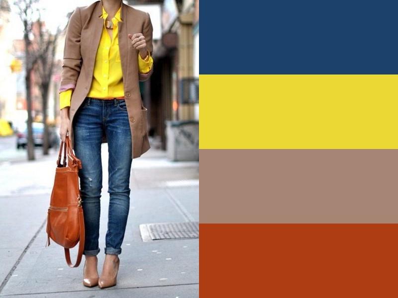 10 простых и стильных сочетаний с жёлтым в одежде - Бежевый блейзер и синие джинсы