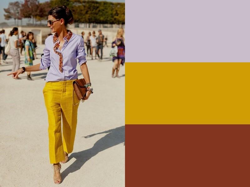 10 простых и стильных сочетаний с жёлтым в одежде - Лиловая блузка и коричневая сумка