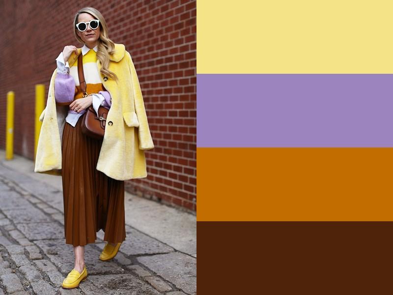 10 простых и стильных сочетаний с жёлтым в одежде - Жёлто-бело-сиреневый свитер и коричневые брюки