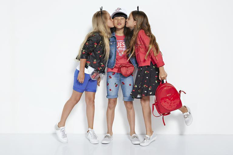 Детская коллекция Sundae весна-лето 2019 от Guess Kids  - фото 2