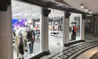 Guess открыл новый магазин в ТЦ «Охотный ряд» в Москве