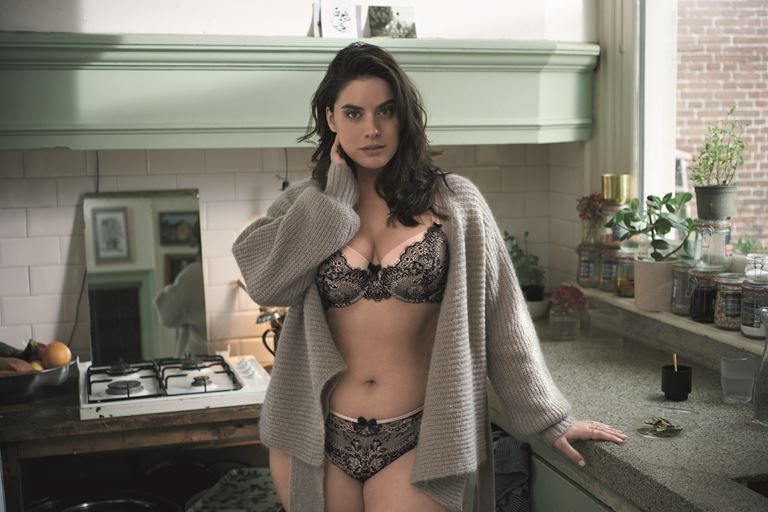 Модель plus size Даниэль ван Грондель в рекламной кампании нижнего белья Hunkemöller - фото 4