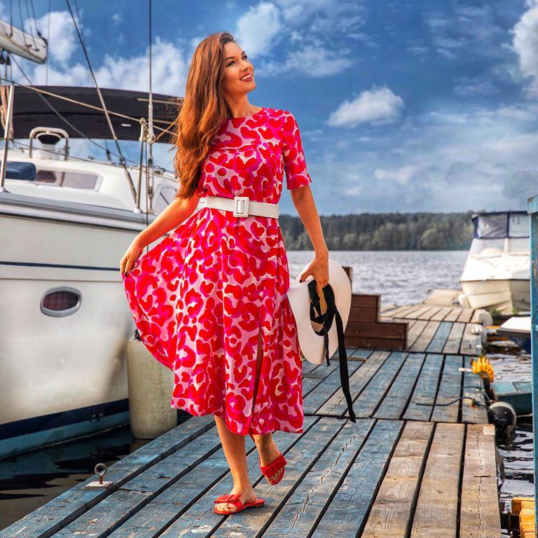 Фотосессия Юлии Такшиной в коллекции Villagi лето-2019 на яхте в Подмосковье - фото 13