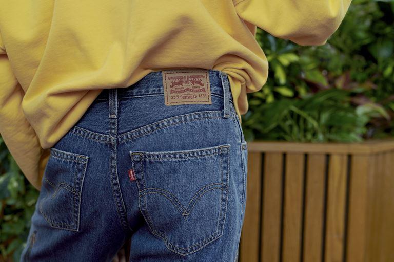 Футболки, толстовки, свитшоты, джинсы в коллекции Levi's x Stranger Things осень-зима 2019-2020 - фото 3