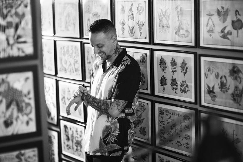 Капсульная коллекция ежедневников Montblanc x YOOX совместно с тату-мастером Stizzo