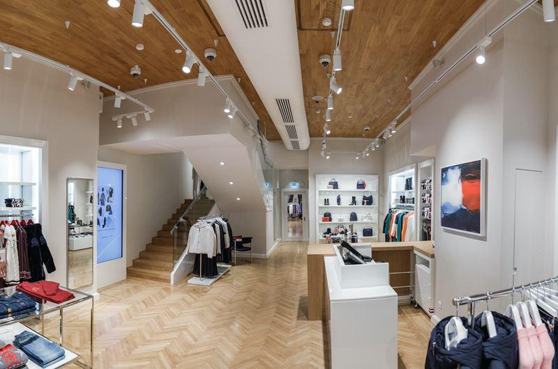Tommy Hilfiger открыл магазин на Кузнецком мосту - фото 1
