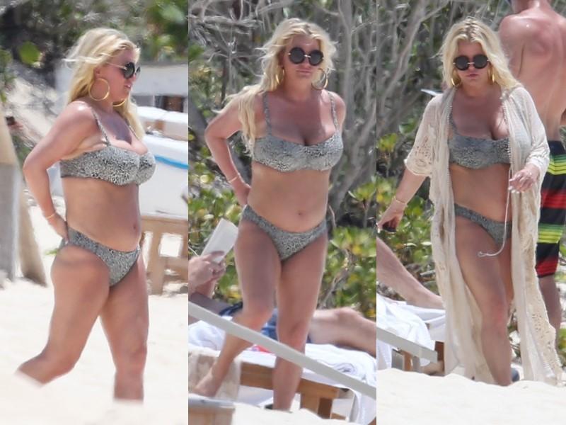 Бодипозитивные: знаменитости на пляже в купальниках - Джессика Симпсон