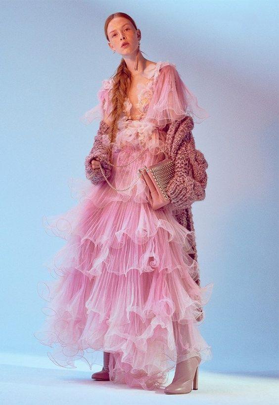 Летние платья с воланами - Пышное розовое платье принцессы