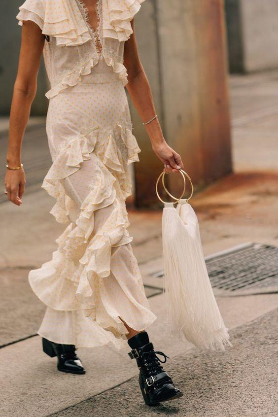 Летние платья с воланами - Винтажное платье в будуарном стиле