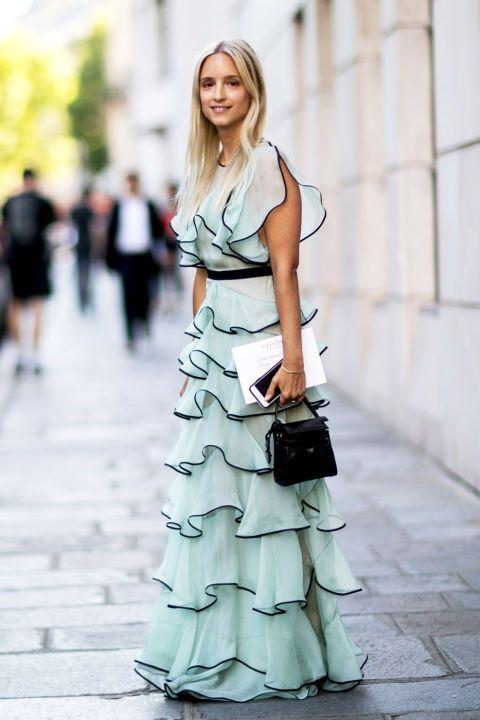 Летние платья с воланами - Мятное многоярусное платье-макси