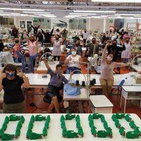 Lacoste запустили производство защитных масок