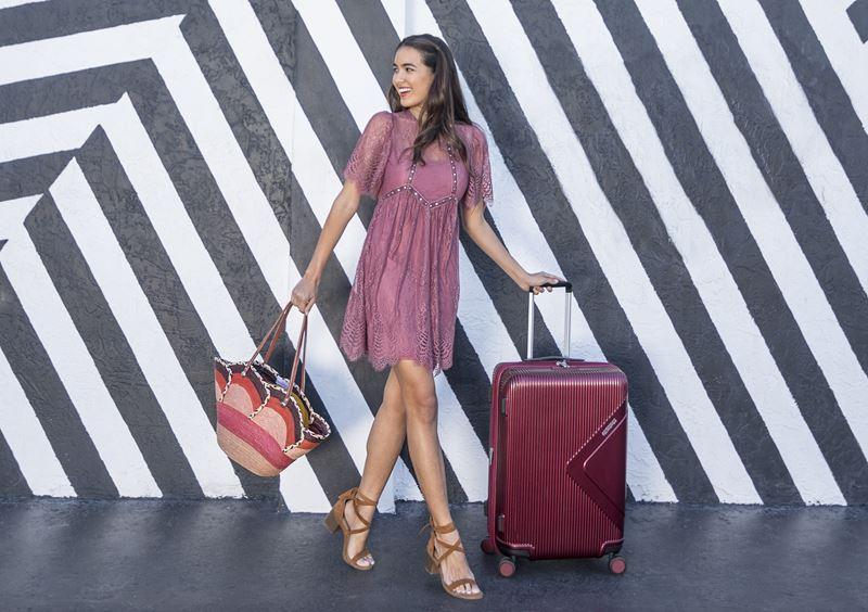 Акция от American Tourister: скидка 60% на сет чемоданов из коллекции Modern Dream
